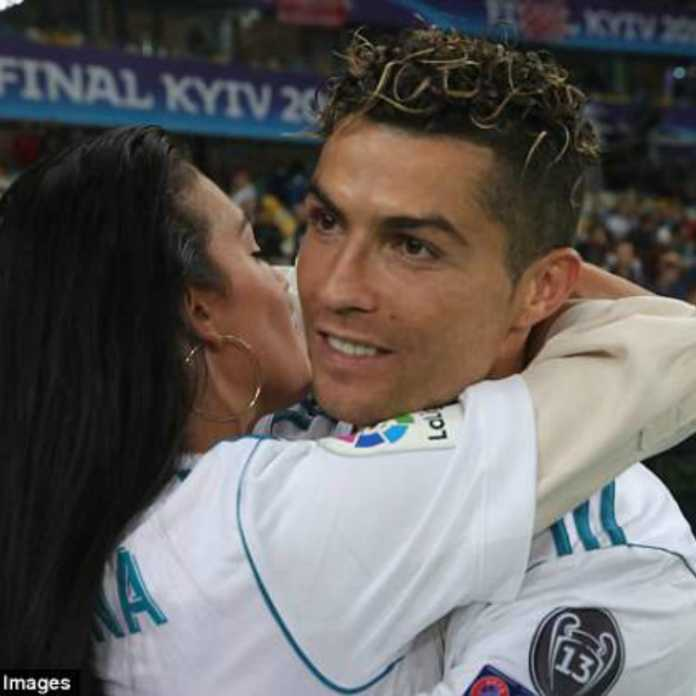 Cristaino Ronaldo with his girlfriend