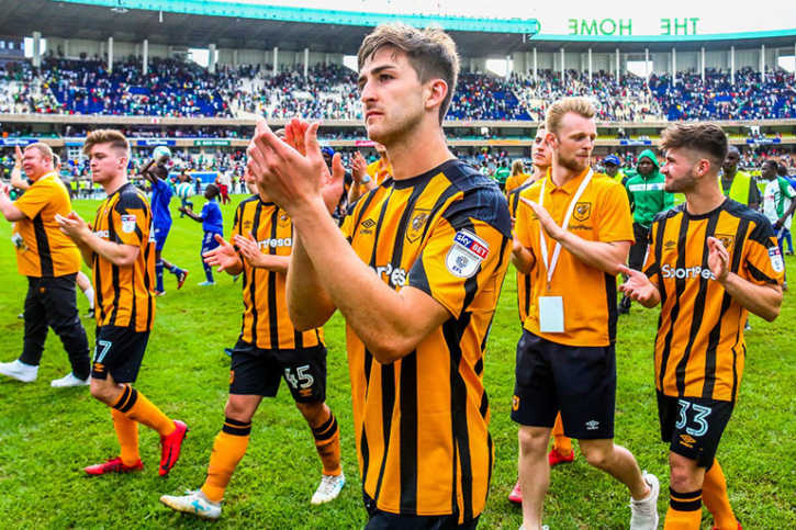 Hull City FC players applaud the fans following the conclusion of their international friendly with Gor Mahia FC at the Moi International Sports Centre, Kasarani on Sunday, May 13, 2018. PHOTO/SPN Hull City FC players applaud the fans following the conclusion of their international friendly with Gor Mahia FC at the Moi International Sports Centre, Kasarani on Sunday, May 13, 2018. PHOTO/SPN