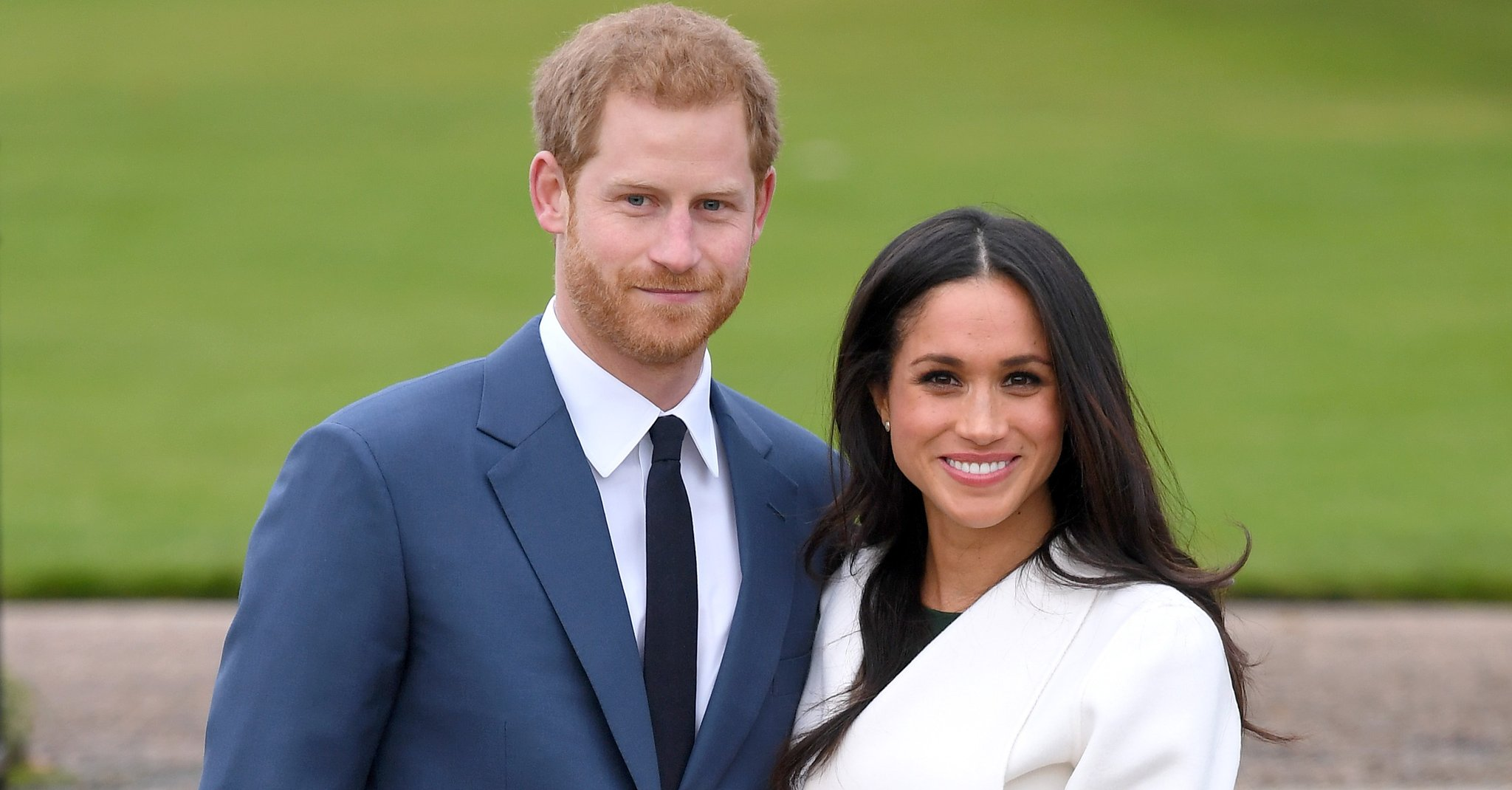Meghan Markle standing with Prince Harry, plans to have her child born at  home.photo credit:Commons Wikimedia - Mpasho News