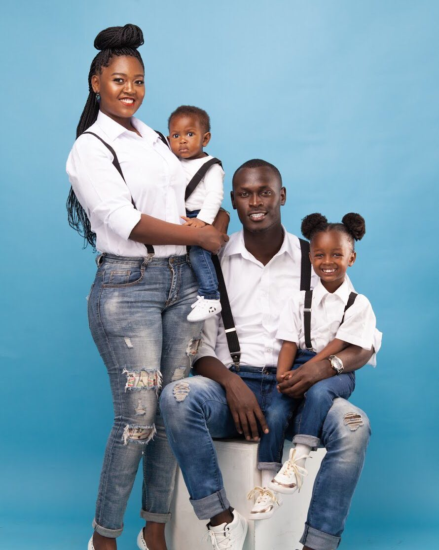 King-Kaka-and-his-wife-Nana-Owiti-posing-with-their-kids
