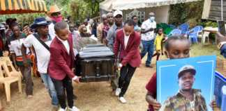 Mighty Salim's funeral